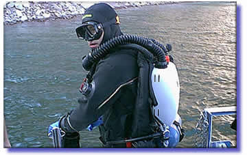 Diving with rebreathers means more bottom time, little or no bubbles and less bulk.